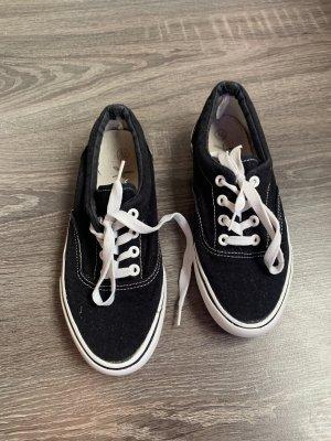 Sneaker schwarz weiß Sommer
