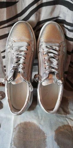 Sneaker silberfarben