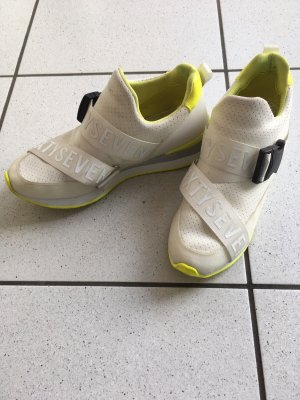 Sneaker SixtySeven
