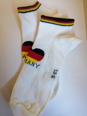 Sneaker. Socken. Baumwolle. Neu.