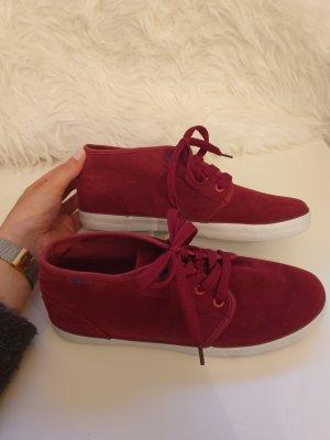 Sneaker / Sportschuhe in rot von Vty