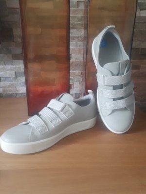 Ecco Zapatillas deslizantes gris claro