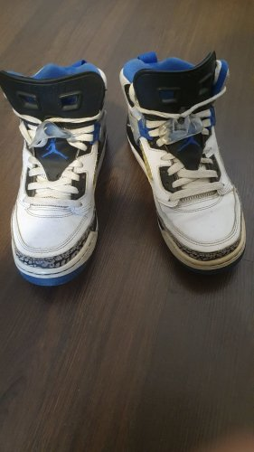Air Jordan Lace-Up Sneaker white-blue