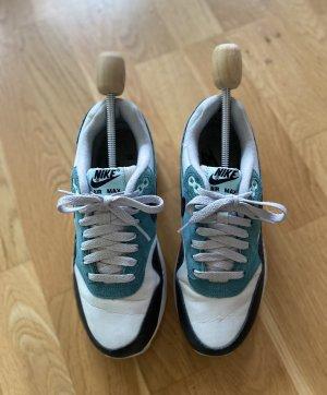 Sneaker von Nike Air Max