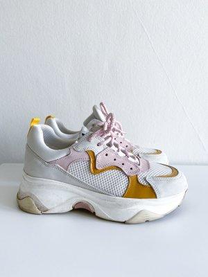 Sneaker von Onygo