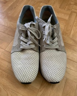 Sneaker von Paul Green einmal getragen