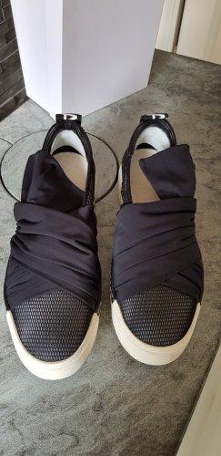 Vic Matie Instapsneakers zwart