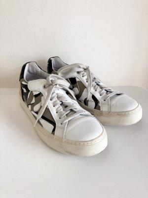 Sneaker von Voile Blanche
