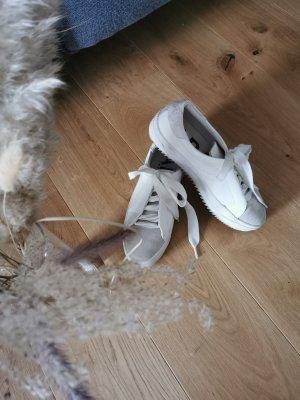 Sneaker weiß I Zara