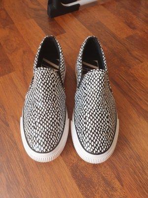 Zara Sneakersy wciągane czarny-biały Tkanina z mieszanych włókien