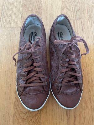 Sneakers / Buffalo