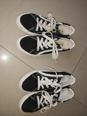 Sneakers Gr. 39 * 2 Paar vorhanden!