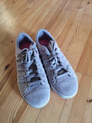 Sneakers Grau in Veloursleder