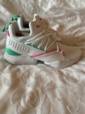 Sneakers Größe 40 von der Marke Puma