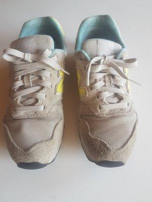 Sneakers in grau New Balance Gr. 37.5