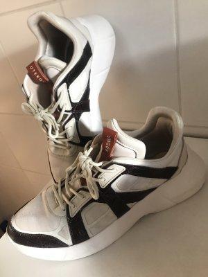 Sneakers Krokoleder_Uterqüe