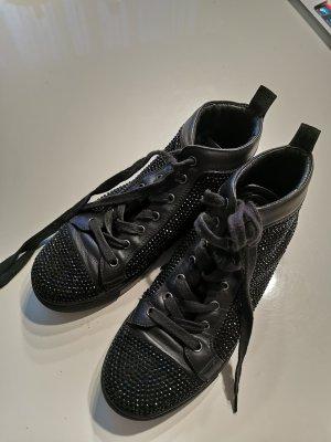 Lola cruz High Top Sneaker black
