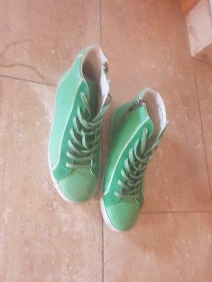 Sneakers  O-105