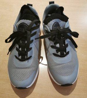Sneakers von Colmar Gr. 37
