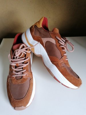 Sneakers von Esprit, neu und ungetragen!