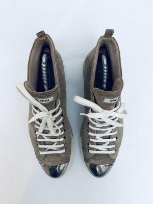 Sneakers von Miu Miu, Leder, Gr. 40, beige, super Zustand