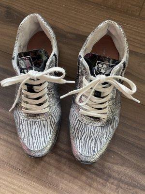 Sneakers von Post XChange
