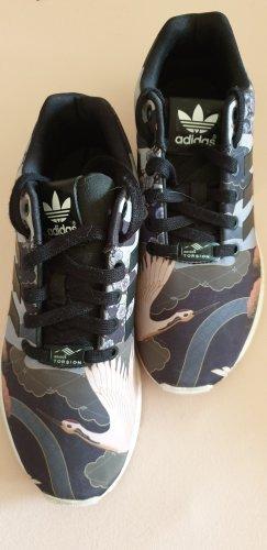 Sneakers ZX Flux von Adidas mit asiatischen Motiven, Gr. 38 2/3