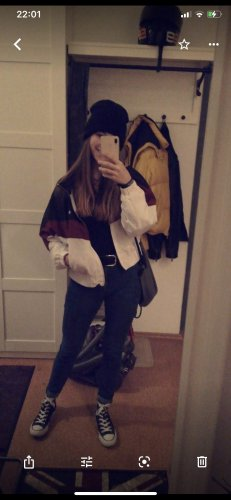 Snipes Jacke mit passender Kappe