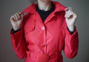 ♡ So rot wie die Liebe: Toller körperbetonter Trenchcoat mit Gürtel ♡