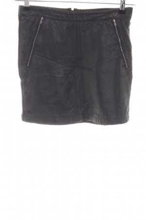 Soaked in luxury Gonna in ecopelle nero stile casual