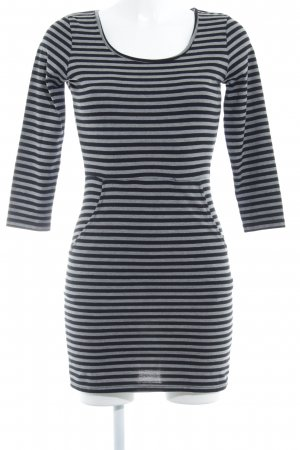 Soaked in luxury Vestito di lana grigio-blu scuro strisce orizzontali