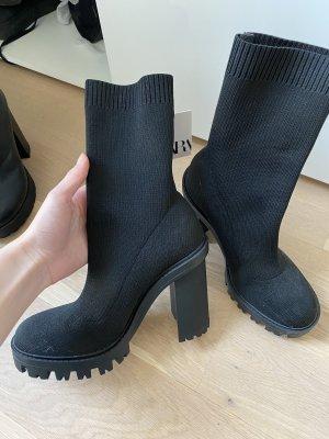 Sock-Boots Socken Stiefel in Schwarz