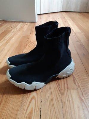 Sock Schuhe