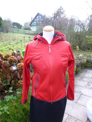 Mammut Softshell Jacket red