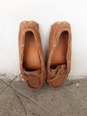 Sandalias cómodas camel