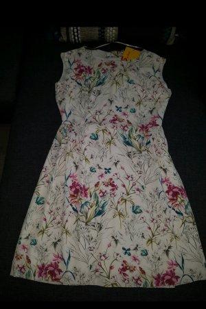 s.Oliver Shortsleeve Dress cream