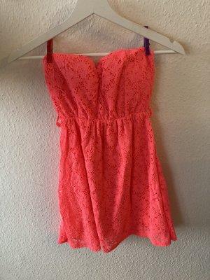 Sukienka z dekoltem typu bandeau jasnoczerwony