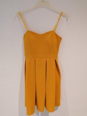 Sommer Kleid. Gelb/Senf.