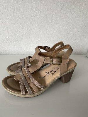 Sommer Sandalen beige mit Absatz 7cm gr 37