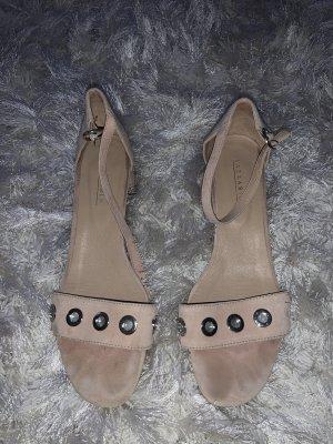 Sommer Sandalen mit Absatz aus Leder (39)