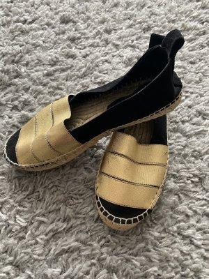 Farina Opoku Alpargatas negro-color oro