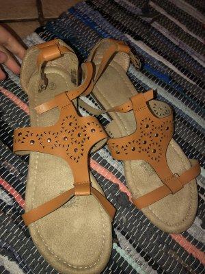 Sandalias para uso en exteriores naranja