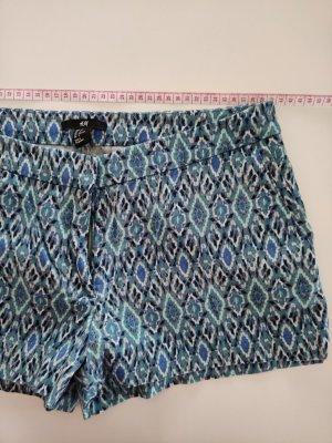 Sommer Shorts in Aqua-Farben