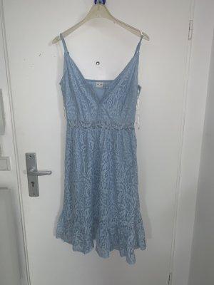 Villa Koronkowa sukienka błękitny
