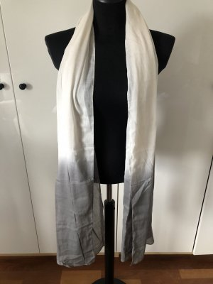Repeat Shoulder Scarf white-light grey