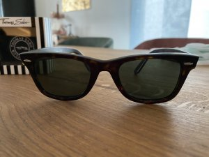 Sommerbrille Ray Ban.