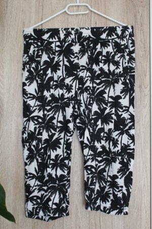 Sommerhose Pluderhose Knielang Schwarz-Weiß Palmen S-M