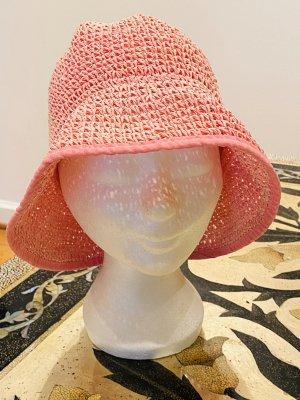 Sombrero de ala ancha rosa