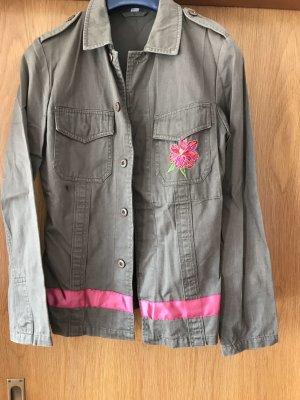 Sommerjacke/Blazer, khaki mit bunter Stickerei, Gr. 36