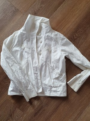 Aygill's Between-Seasons Jacket white